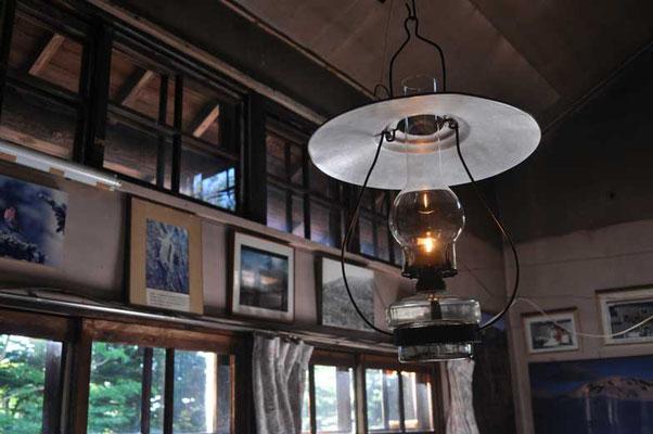 相変わらずランプの灯がホッとします