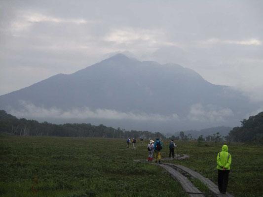 燧ヶ岳が雄大に見えた朝