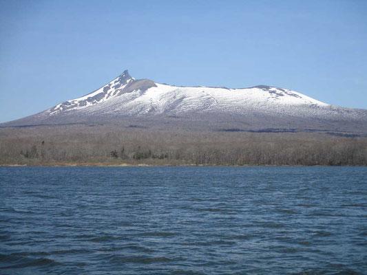 宿を出てから見た駒ケ岳 美しいですが沼にはもう映ることはありません