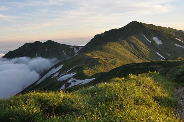 夕刻の大日岳方面