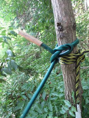 鎖場ならぬ、ホース場 ロープの代わりにホースを利用とは、初めてです!