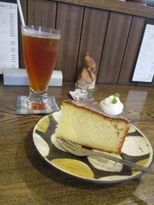 毎度お馴染みのGargasのsweets この日はレモンケーキでした