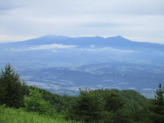 八ヶ岳を遠望