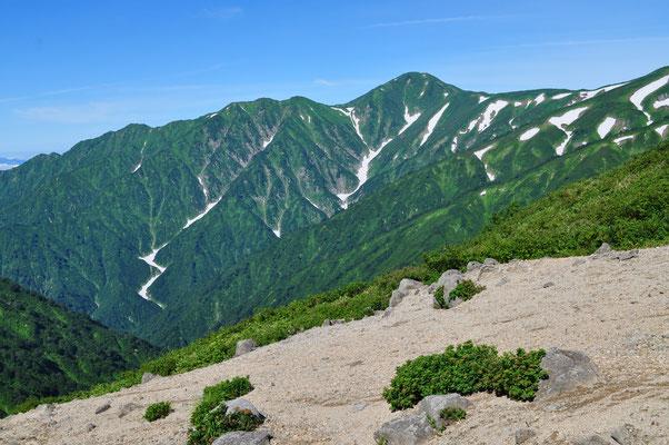 大日岳が雄大に見える