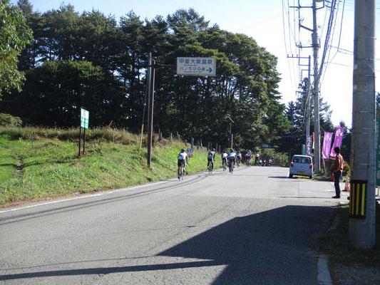 この日曜は「グランドフォン八ヶ岳」という自転車ロードレースが開催されました 快晴のもと、さぞかし気持ちのいい走りだったでしょう