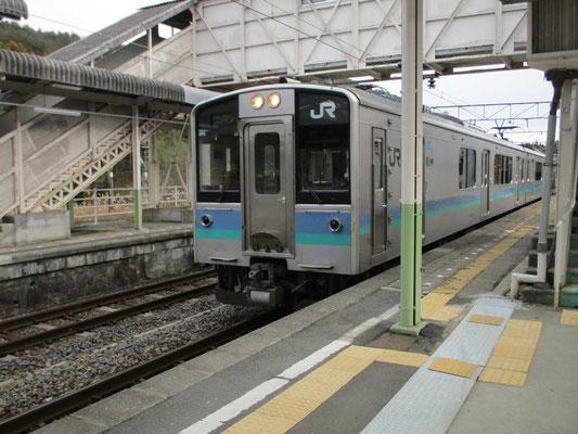 これが辰野支線の車両です