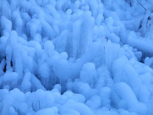 美しい氷の造形