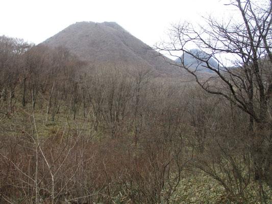 榛名富士もまだ見えていましたが、だんだん山頂付近に雲がかかりそのうち全部見えなくなってしまいました