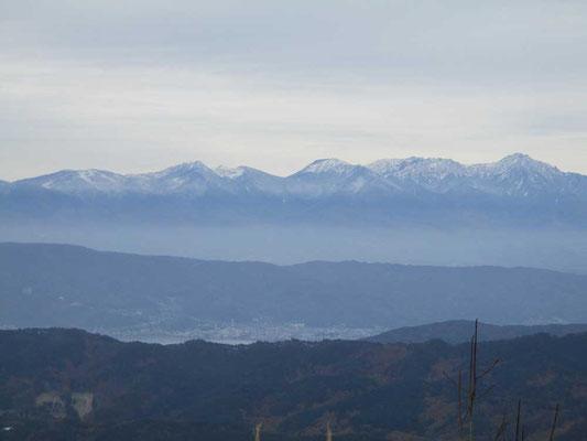 山頂から 八ヶ岳方面