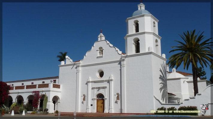 Mission San Luis del Rey N 33° 13´ 55.4 ´´ W 117°19´08.1´´