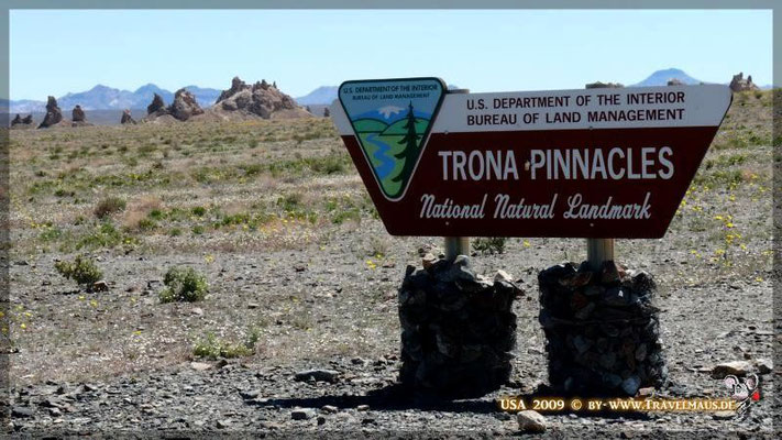 Trona Pinnacles N 35° 37´05.1´´ W 117° 22´24.5´´