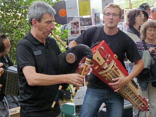 Yan Cozian - Pass'aires présente un disque au festival d'Ars