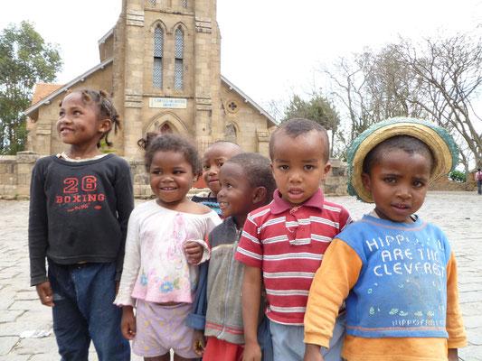 Des enfants à Tana...