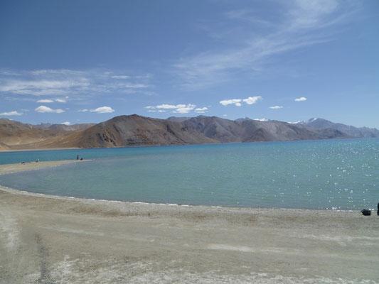Le Lac Pangong à 4220m d'altitude