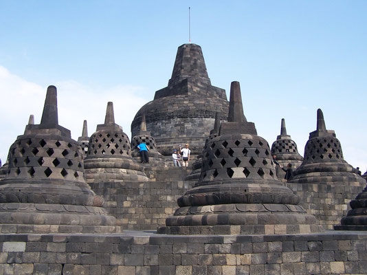 Le temple bouddhique de Borobudur à Java