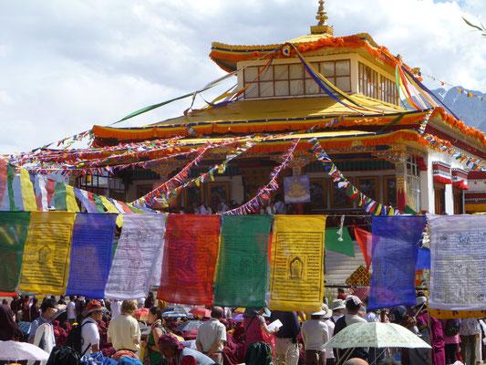 Rassemblement bouddhiste à Shey