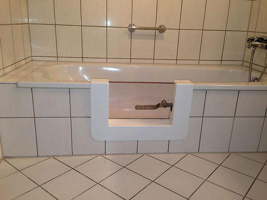 tur in badewanne einbauen. Black Bedroom Furniture Sets. Home Design Ideas