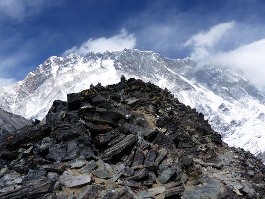 Chukhung Ri-Gipfel vor Nuptse