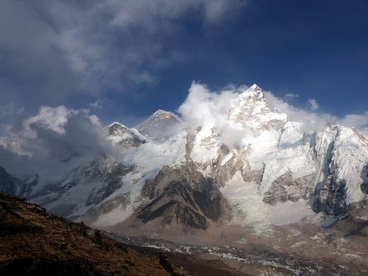Nuptse vor Mount Everest