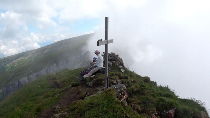 Zuestoll-Gipfelkreuz