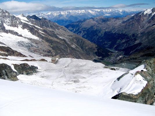 Gipfelblick nach Saas Fee