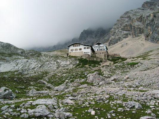 Knorrhütte - 2052 M