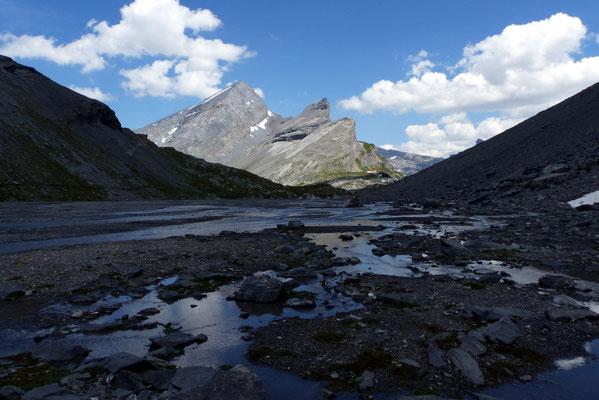 Zurück auf dem Lämmerenboden - Plattenhörner vor Rinderhorn