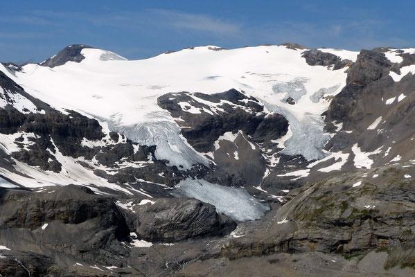 Gipfelblick: Wildstrubel-Massiv, 3244 M
