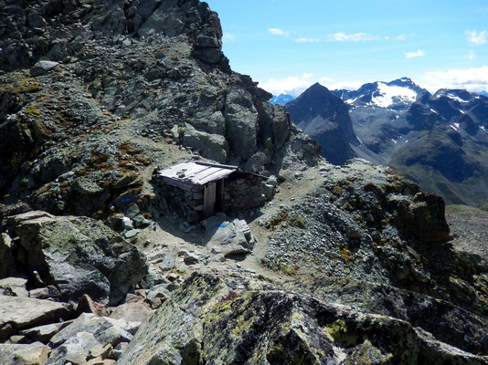 Schutzhütte an der Fourcla Albana - 2870 M