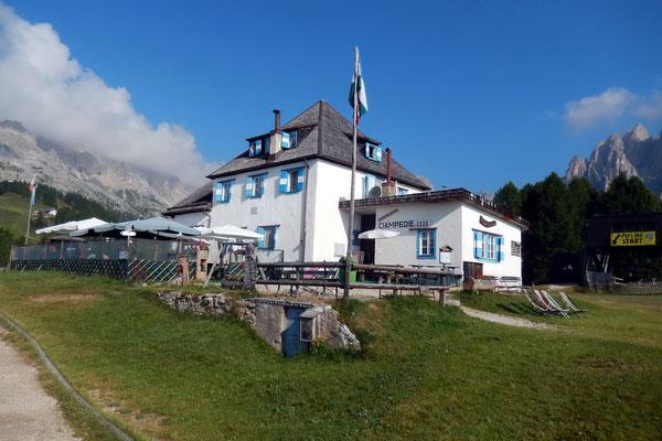 Bergstation Ciampedie - 2000 M