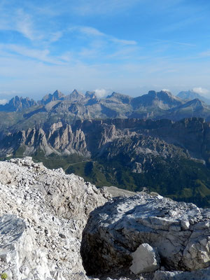 Gipfelblick nach NO - Geisler-Odle-Gruppe