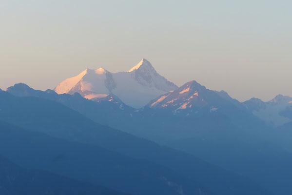 Bishorn & Weißhorn im Morgenlicht