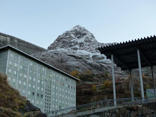 Mont Blava, 2935 M - Blick von der Grande Dixence