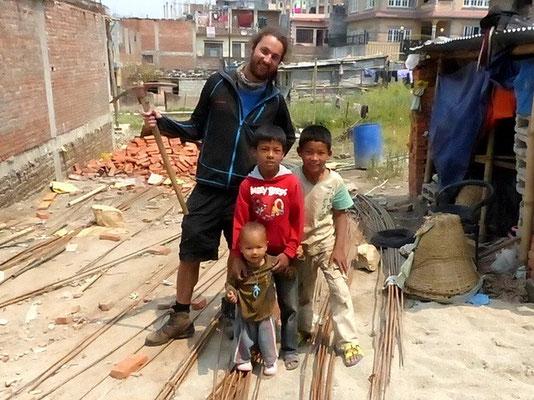 Chris - Mit Kindern vom Viertel