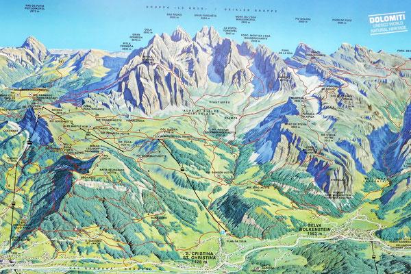 Karte mit Routen und Wegen