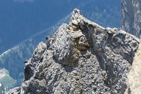 Gipfelblick: Kletterer