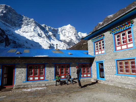 Apa Sherpa Summiter-Lodge - 3800 M