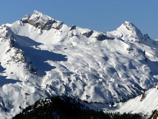 Gipfelblick - Chaiserstock, 2515 M - Fulen, 2491 M