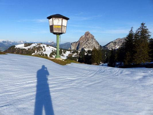 Brünnelistock-Gipfelplateau - 1594 M