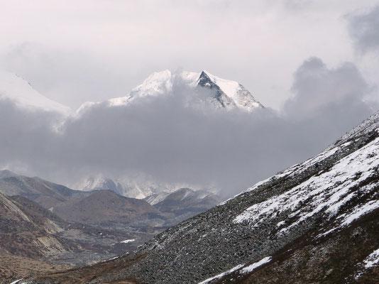 Island Peak - 6198 M
