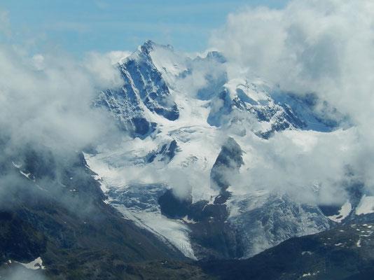Gipfelblick - Piz Bernina - 4048 m