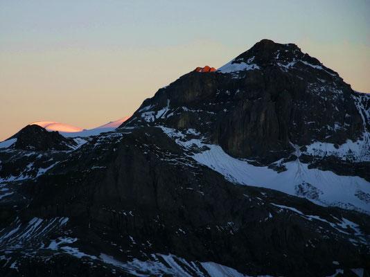 Sonnenaufgang am Wildstrubel