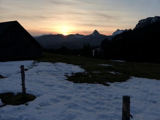 Sonnenaufgang am Sattelegg