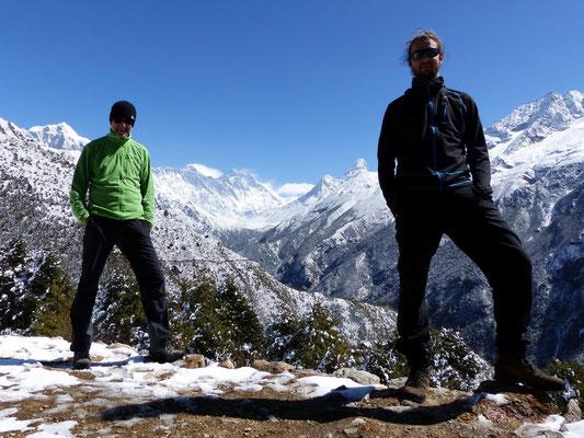 Erster Blick auf Mt. Everest, Lhotse u. Ama Dablam