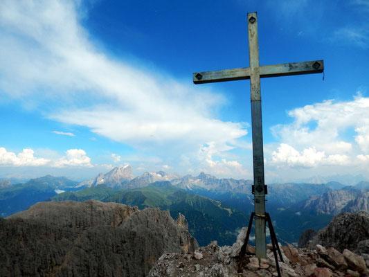 Am Gipfel der Cima Scalieret - 2889 M