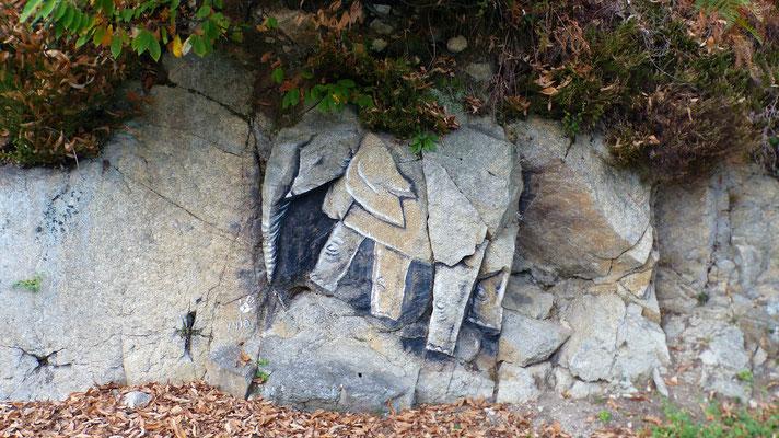 Steinmetzkunst am Wegesrand
