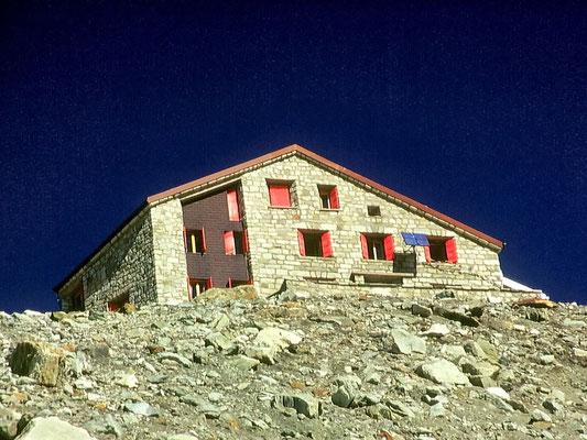 Cabane des Dix - 2928 M