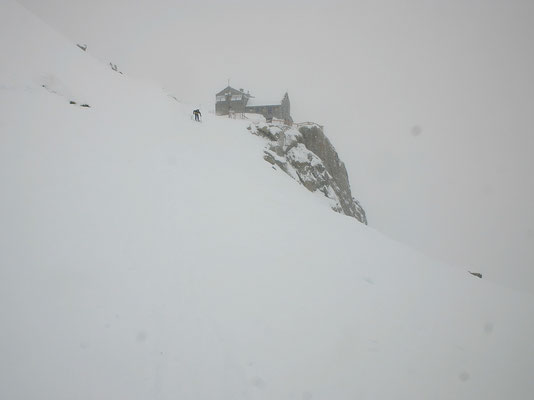 Refuge du Requin - 2516 M