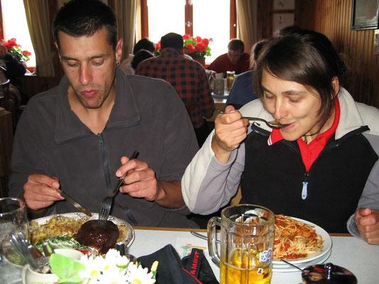 Abendessen auf der Knorrhütte