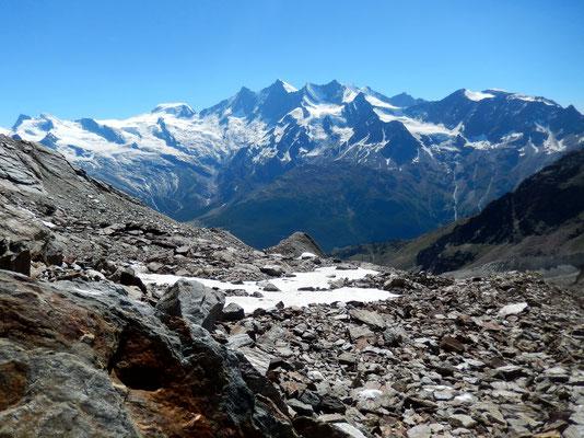 Gletschermoräne - Im Abstieg vor Mischabel